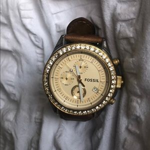 Women's Fossil Watch w/ Genuine Leather Band